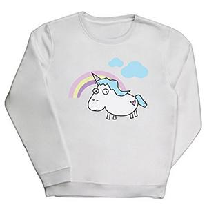 Un unicornio estampado en una sudadera es éxito asegurado. Una combinación ideal para cualquier tipo de momentos.